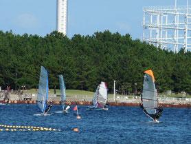 横浜 海の公園1 ウインドサーフィン始めるなら神奈川県横浜市金沢区 海の公園のスピードウォール