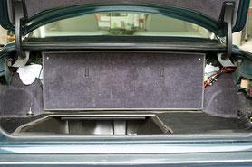 versteckter einbau vom verstärker und frequenzweichen im blentley kofferraum