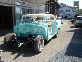 Fahrzeugrestauration bei HC Hurricane Carparts GmbH - Ihrem Fahrzeug und Batterienspezialist in Uffikon