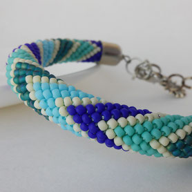 Thin teal bracelet, Blue Sea bracelet, zigzag bracelet, Geometric Bracelet, Beadwork Bracelet, Everyday Bracelet, Boho, gift for Women