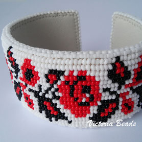 Ukrainian embroidery bracelet, White bracelet, Rigid bracelet, wide bracelet, Gift for Woman, Traditional Ukrainian embroidery, bangles