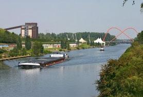 Kanal - Blick auf Nordsternpark