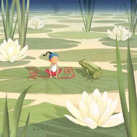 Timeliot sur un nénuphar avec une grenouille