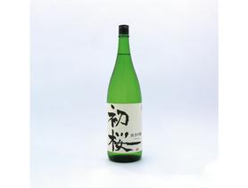 写真:和歌山県の酒蔵初桜酒造の日本酒初桜ラベルデザイン