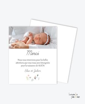 carte de remerciement naissance fille -petite fille-champs de fleurs- avec ou sans photo