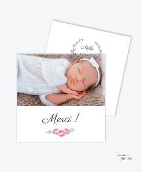 carte de remerciement naissance fille -chic-bouquet de roses-couronne élégante-photo