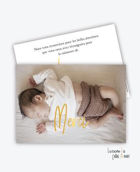 carte-de-remerciement-naissance-garçon-avec-photo-simple-moderne