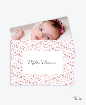carte de remerciement naissance fille-liberty-fleurs-tendance-moderne-pas cher- vieux rose et blanc-etoile