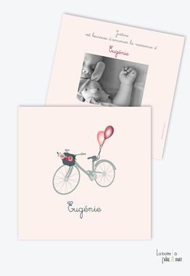 faire part naissance fille vélo champêtre- Bicyclette-ballons-fleurs-format carré-ballon dans le vent