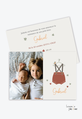 faire part naisssance garçon petits habits-bloomer-vetement d'autrefois-vetement ancien-vetement vintage-habits vintage-feuille-automne-cintre-salopette-motif vintage-photo-oiseaux-animal-animaux