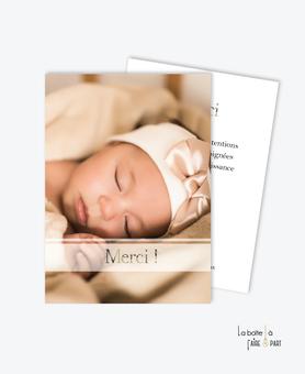 carte de remerciement naissance fille -avec photo-simple-moderne