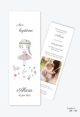 faire part baptême fille-dessin petit fille-champs de fleurs-natte-noeud-robe -couronne dans les cheveux-photo-format marque page