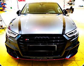 Zierstreifen Motorhaube Audi RS3 Folierungen Carwrap Scheibentönungen Wrap Expert