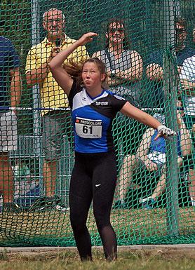 Alexandra Spieker peilt eine Weite jenseits der 50-Meter-Marke im Hammerwurf der U18 an. (Archivfoto)