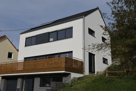Einfamilien- u. Doppelhäuser