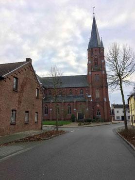Besinnliches Konzert in die Kirche St. Cosmas und Damian in Holzweiler für Sonntag, 15. Dezember, angekündigt. Foto: Speen