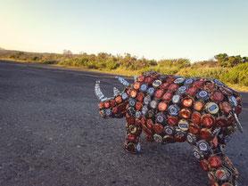 Upcycling Dekoration aus Kronkorken und Dosen