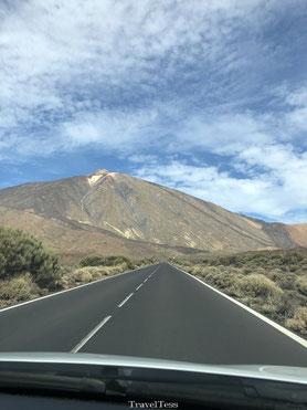 Rijden naar de El Teide vulkaan