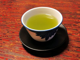 緑茶が脳の情報伝達を活発に