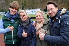 Das Organisatoren-Team des Sponsorenlaufs (v.l.): Niklas Bonnekessel, Bernadette Färber, Petra Schiffler, Tobias Termeer. Foto: Bastian Pollmann