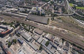 Der atle Güterbahnhof - großflächig versiegelt - hier gibt es erste Ansätze Regenwasser zu versickern.....