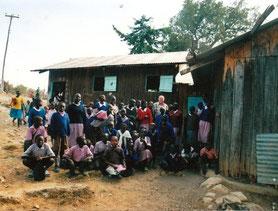Das alte Schulgebäude in KapSogo - Klicken zum Vergrößern