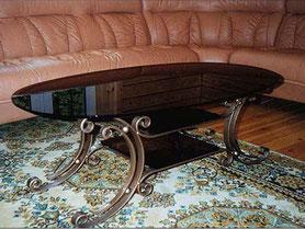 Кованый стол, стекло, полочки