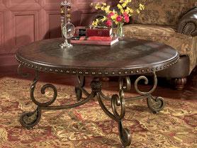 Кованый стол круглый. В дом или квартиру.