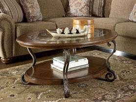 Кованый стол в гостиную