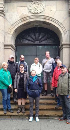 Vor dem Start an St. Josef, Foto: Dr. Waschke
