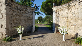 Portail de la cour donnant sur le vignoble du Château La Hitte AOC Buzet