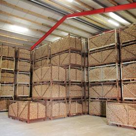 Unsere Lagerhalle fasst genug Kartoffeln, damit Sie das ganze Jahr von uns versorgt sind!