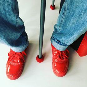 赤い靴と赤いサイレントソックス