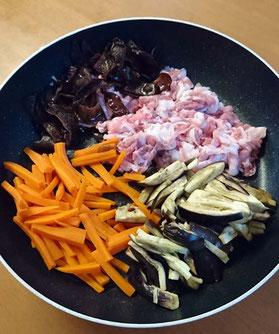 武蔵のキクラゲ:夏バテ予防 キクラゲの肉野菜炒め
