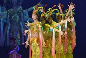 中国の高校生による創作舞踊