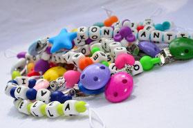 Schnuller, Scnullerketten, Schnullerkette, Schnullerhalter, Schnullerhalterung, Schnullerkette mit Namen, personalisierte Schnullerkette, Schnullerkette mit Silikonperlen