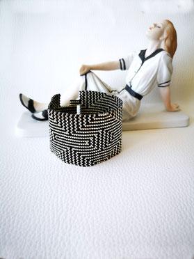 Bracelet manchette noir et argent