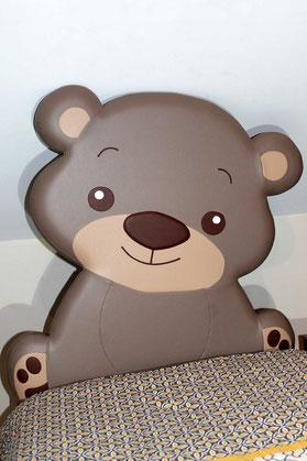 rêves en tête-tête de lit originale artisanale chambre enfant ours brun
