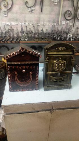 Почтовые ящики кованые
