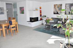 Modernisierung Einfamilienhaus Fußbodenheizung Beton