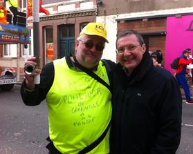 Jean-Marc Julienne et Philippe Bas dans les rues de Granvile