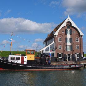 Pakhuis am Hafen von Oudeschild