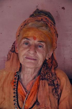 Mutter, Mataji Narmada Puri