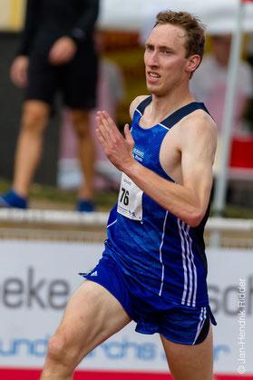 Stefan Ritte siegte in fulminanten 9:20,40 Minuten (Foto: Jan-Hendrik Ridder).