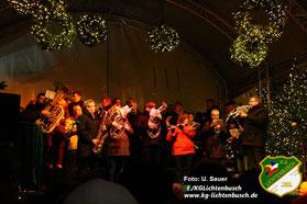 Foto vom Weihnachtskonzert des FestAAK 2013 auf dem Aachener Katschhof.