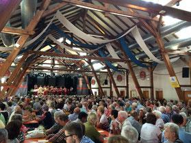Gottesdienst beim Volksfest war 2015 sehr gut besucht; Foto: Franz Janka