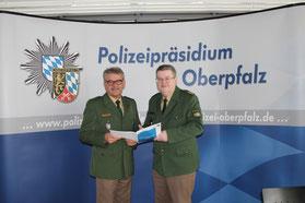 Polizeivizepräsident Michael Liegl (links) und Polizeipräsident Gerold Mahlmeister