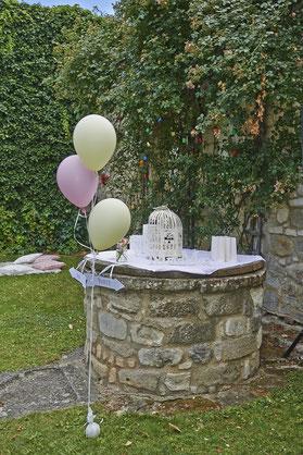 höplers weinräume - Hochzeitsdeko am Brunnen - © Eva Hammerschick