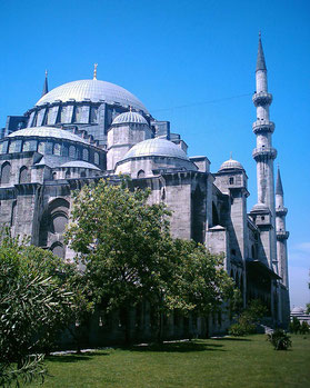 Ziel vieler Orient-Reisenden: Süleimaniye-Moschee in Istanbul. © Marcus Schmitz