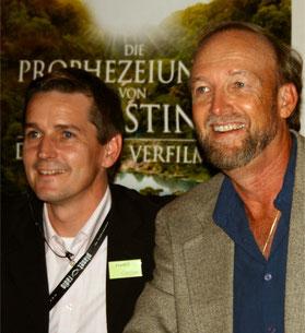 Frank H. Sauer mit James Redfield (bei der Filmpremiere in Deutschland 2007)